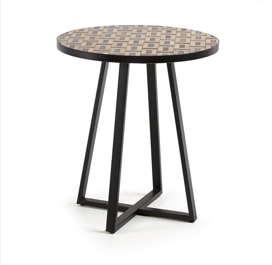 Tisch Cocktail